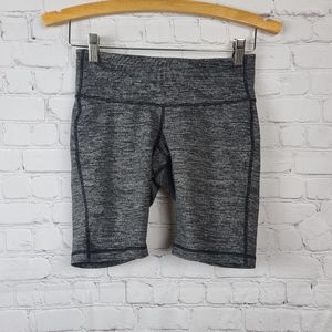 Old Navy Womens active shorts SP